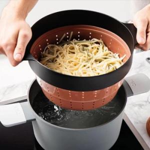 Siliconen stoominzet noodles stomen